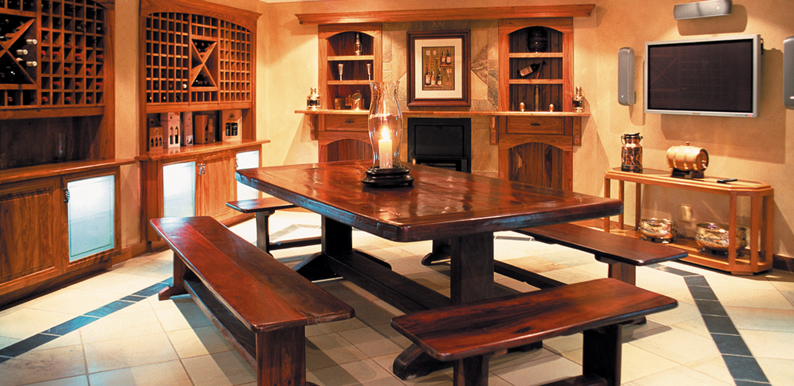 WHISKY, COGNAC & WINE CELLARS
